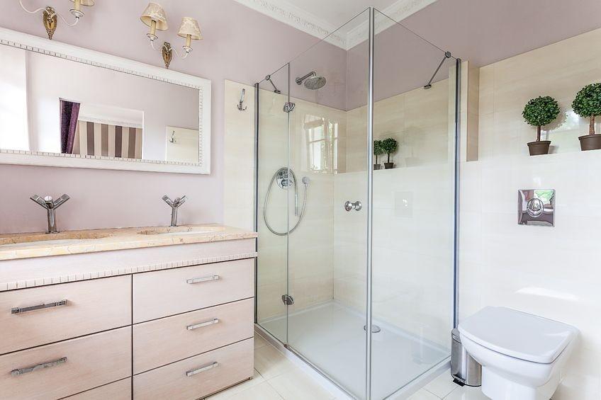 kabiny-prysznicowe-z-brodzikiem-8-zasad-montazu_2-1