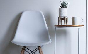 krzesło kuchenne ze stolikiem